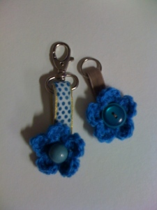 Key ring - crocheted flower