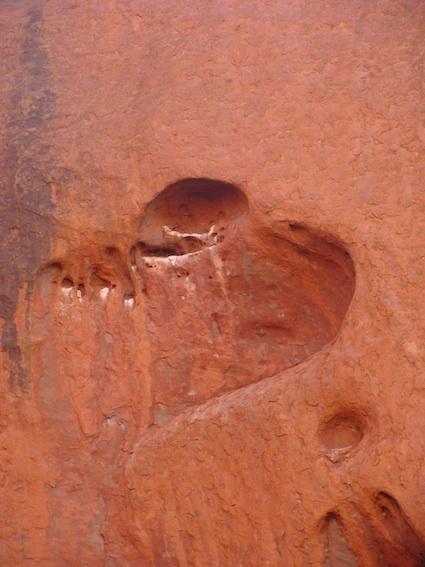 Uluru - Australia  © L. Ter Bals